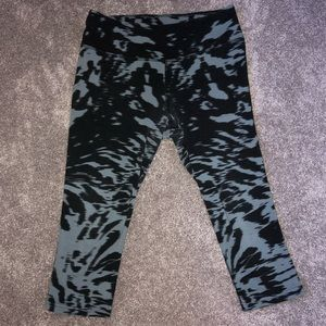 Nike Dry Fit Cropped Leggings